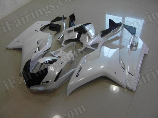 Motorcycle fairings/bodywork for Ducati 848/1098/1198 pearl white and black.