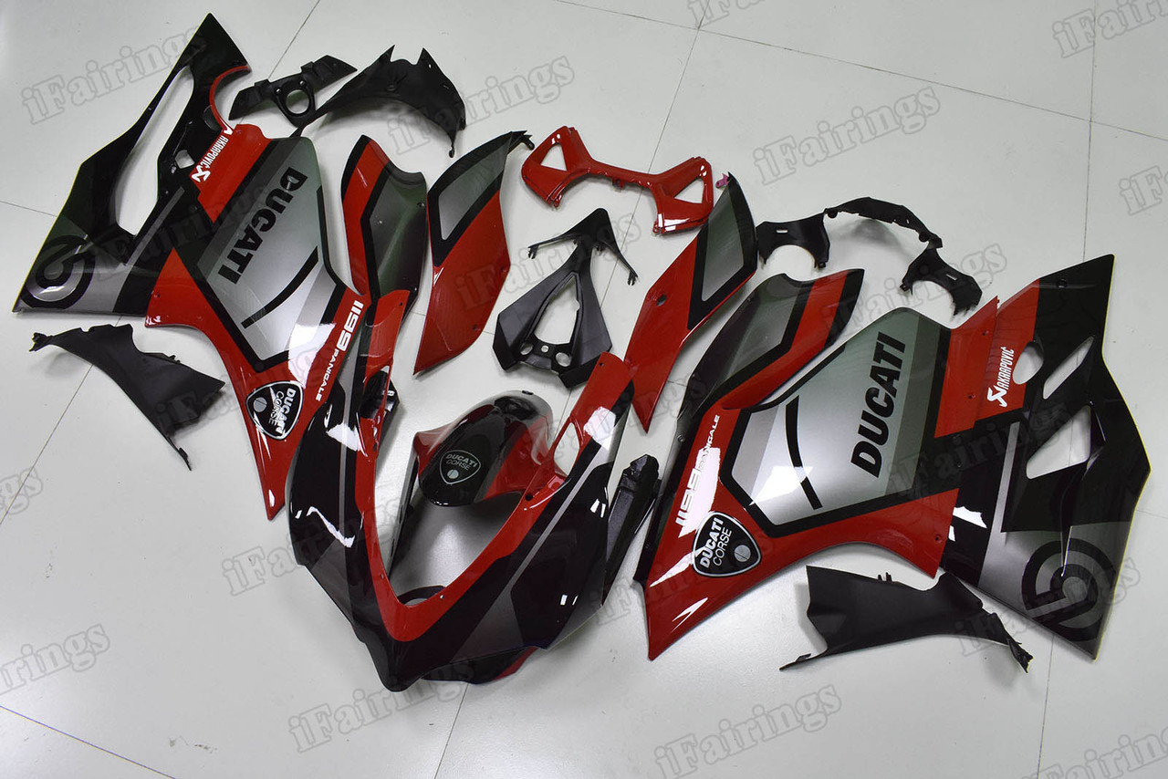 Motorcycle fairings/bodywork for Ducati 899/1199 Panigale red and silver.