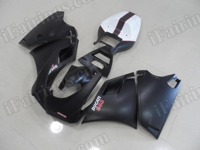 Motorcycle fairings for Ducati 748/916/996 black and white.