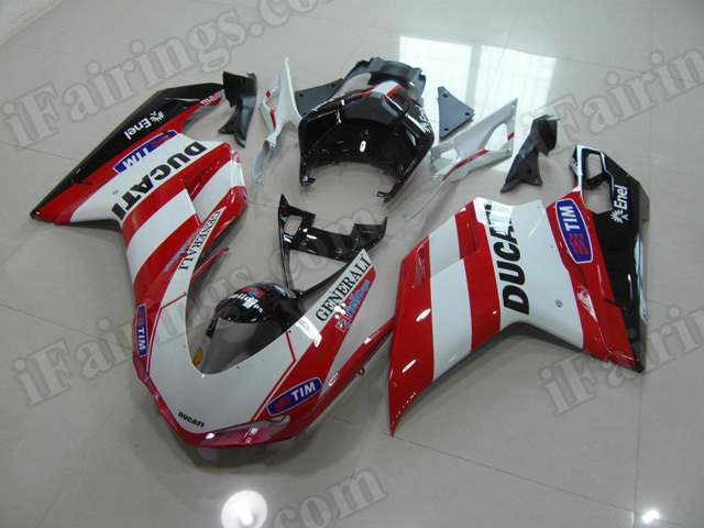 Ducati 848/1098/1198 red and white replacement plastic.