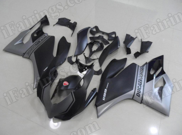 Motorcycle fairings/bodywork for Ducati 899/1199 Corse black and silver.