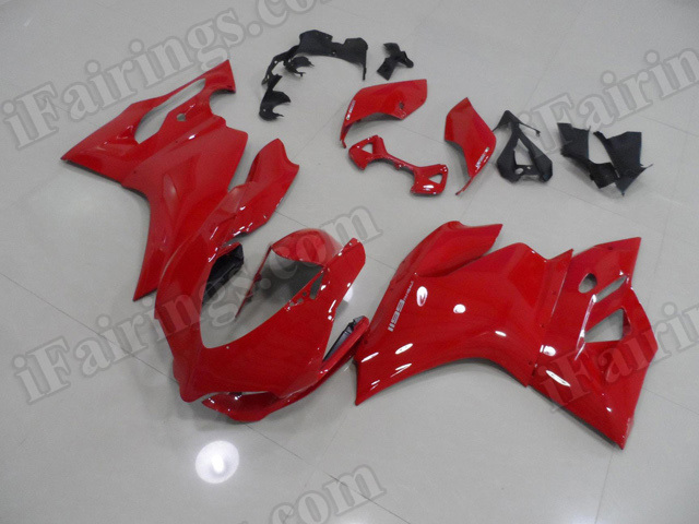 Ducati 899/1199 Panigale red fairing kits.