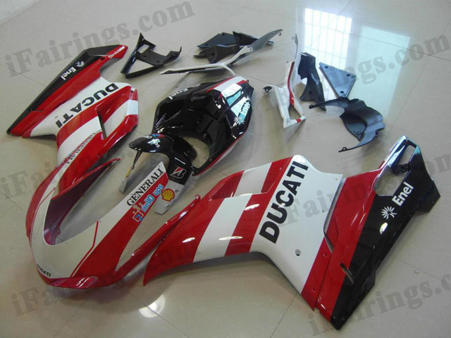 Ducati 848/1098/1198 red and white fairing kit.