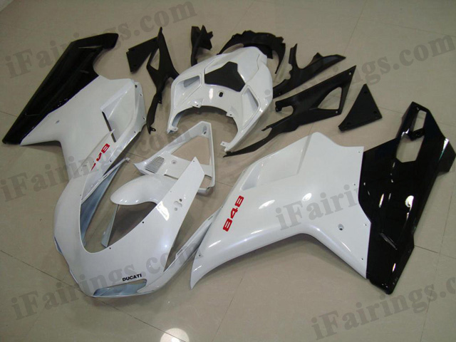 aftermarket fairing kit for Ducati 848/1098/1198 glossy white and black.