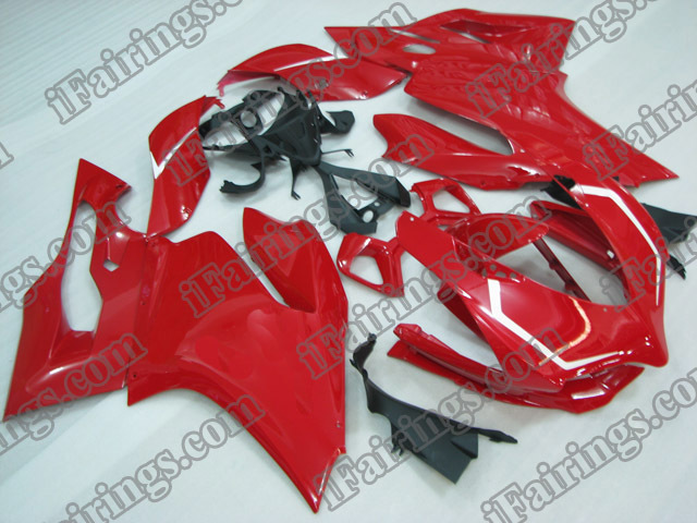Custom fairings and bodywork for Ducati 899/1199 Panigale red and white stripes.