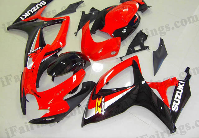 2006 2007 GSXR600/750 red and black replacement fairing kits.