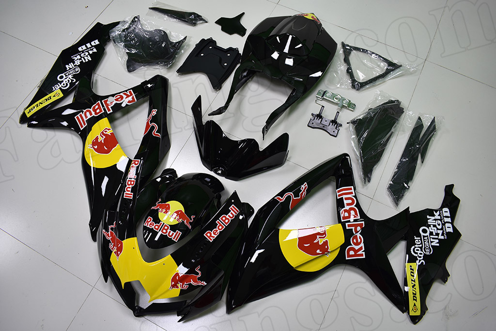 2008 2009 2010 Suzuki GSXR600, GSXR750 black fairings with RedBull graphics.