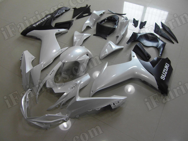 Motorcycle fairings for 2011 2012 2013 2014 Suzuki GSX R 600/750 pearl white and matte black.